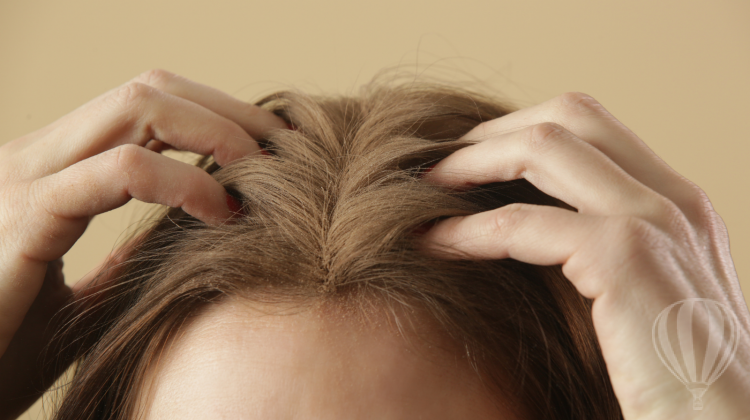 Károsíthatja a hajat a száraz sampon?