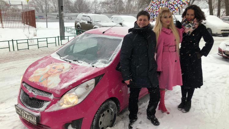 barbiebaba-kocsija.png